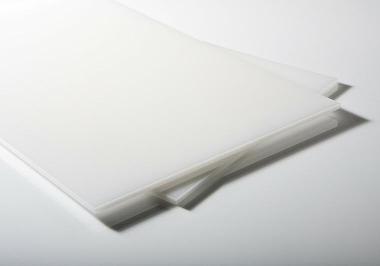 Desky, tyče a profily PE 500
