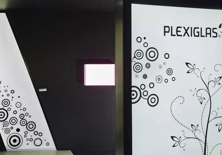 Plexisklo PLEXIGLAS® GS black & white
