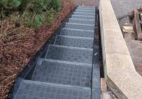 Protiskluzové schody z polypropylenu